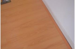 Cách dán len tường sàn gỗ