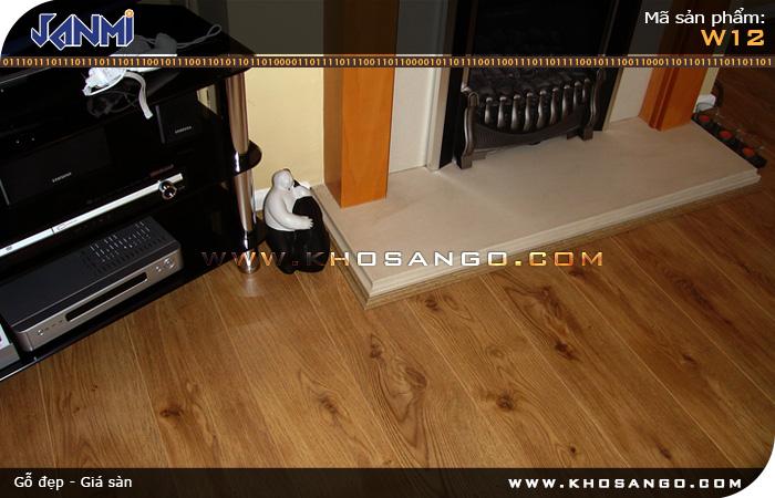 Sàn gỗ JANMI W12 - Lót sàn gỗ phòng khách