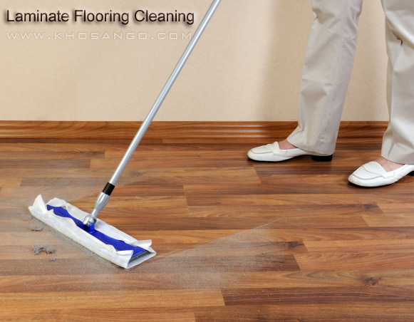 dễ vệ sinh sàn gỗ