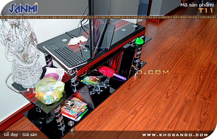 Sàn gỗ JANMI T11- Lót sàn gỗ phòng khách