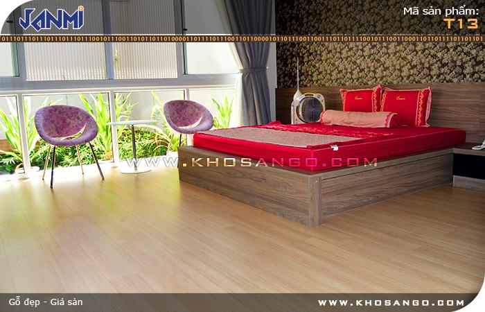 Sàn gỗ JANMI T13 - Lót sàn gỗ phòng ngủ