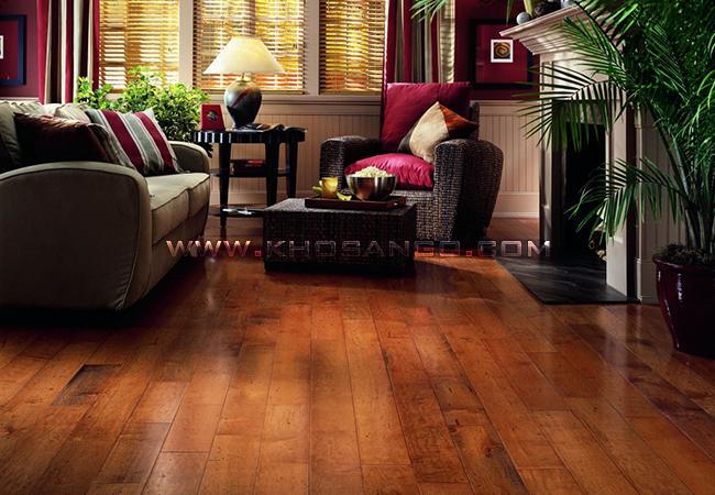Sàn gỗ lót sàn phòng khách ấm áp