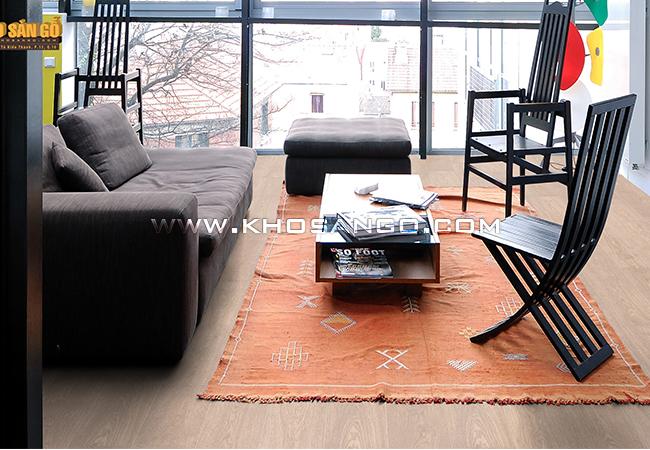 Sàn gỗ có độ bền cao, vân gỗ rõ nét, ấn tượng