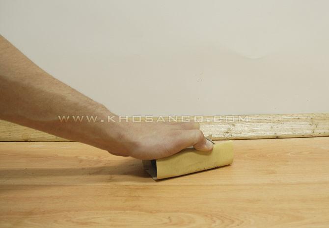 bước 6 loại bỏ vết ố sàn gỗ
